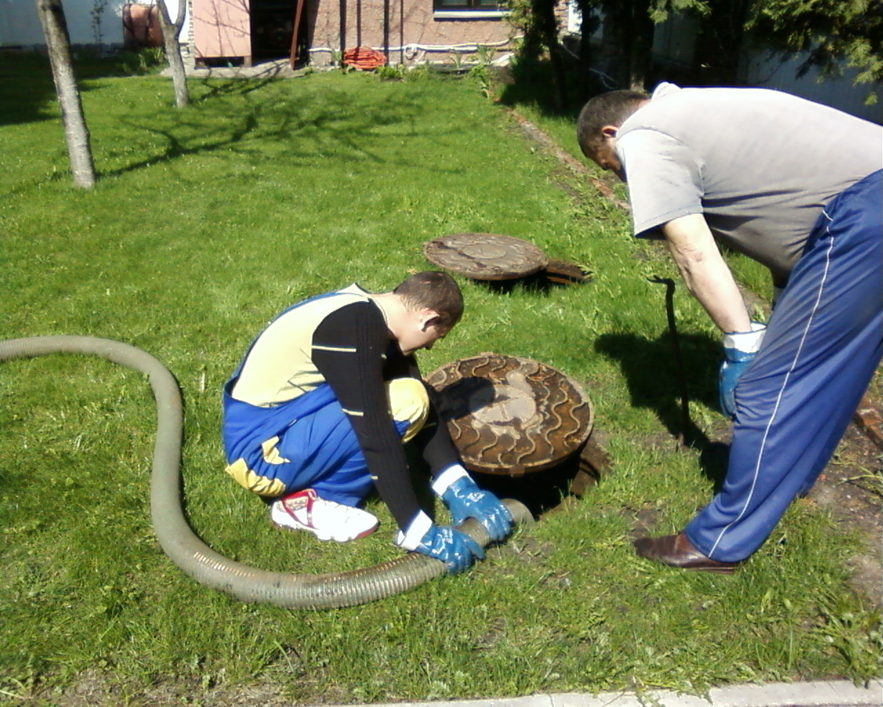 Как из шин сделать выгребную яму