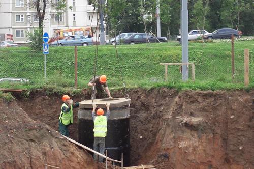 строительство канализационного колодца
