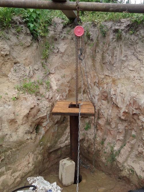 Как вытащить трубу из скважины своими руками: сложности и технология.